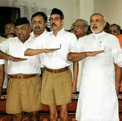 Modi with fellow Rashtriya Swayamsevak Sangh (RSS) members